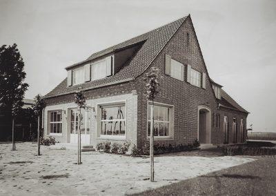 Das Becker+Bernhard-Bootshaus in Hitdorf am Rhein
