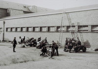 Übung der 14-köpfigen Feuerwehr-Mannschaft.